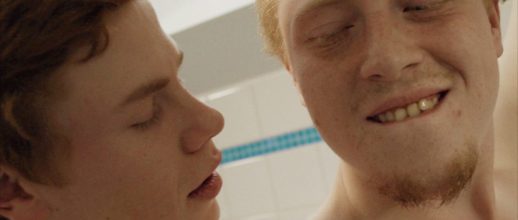 teenage 3some kino lgbt